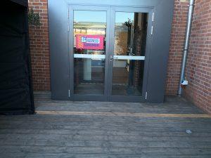 Eingang zur Business Lounge